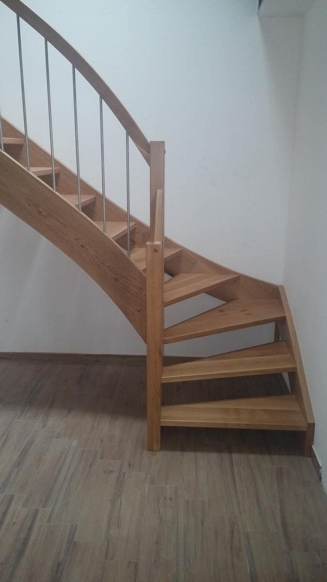 Lesene stopnice z Inox ograjnimi elementi