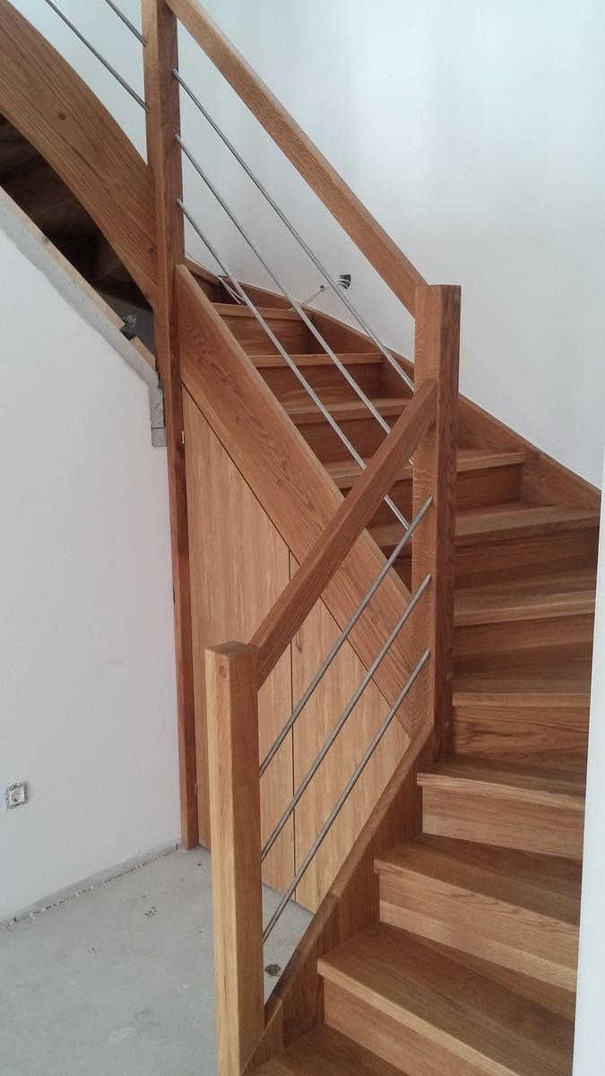 Lesene stopnice z inox ograjo