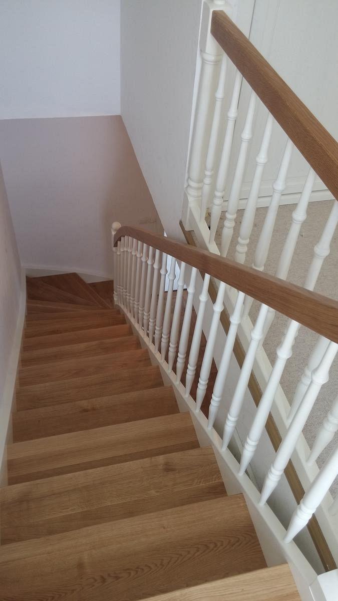 Lesene stopnice v montažni hiši